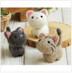 NEW 2017 Needle Felting Kit Three Little Cats By Hamanaka H441-483 de JapanPop2 en Etsy https://www.etsy.com/mx/listing/548401732/new-2017-needle-felting-kit-three-little