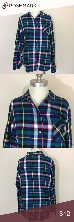 "Victoria's Secret plaid flannel pajama top XL Victoria's Secret plaid flannel pajama top XL. Cute flannel button down PJ top with hot pink trim. 100% Cotton. Approximate measurements: underarm to underarm- 22.5"", shoulder to hem- 26"" Victoria's Secret Intimates & Sleepwear Pajamas"