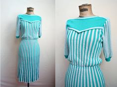 1930s 40s style Knit day dress in white / aqua, Tricoville label - S M