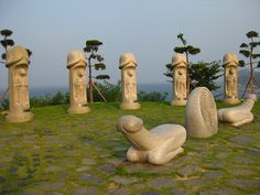 haesindang park, samcheok, s korea Ancient Artifacts, Sacred Art, Indian Art, Erotic Art, Just Do It, Installation Art, Sculpture Art, Art History, Pop Art
