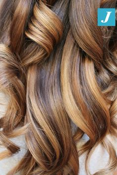 Impossibile confonderlo _ Degradé Joelle #cdj #degradejoelle #tagliopuntearia #degradé #igers #musthave #hair #hairstyle #haircolour #longhair #ootd #hairfashion #madeinitaly #wellastudionyc