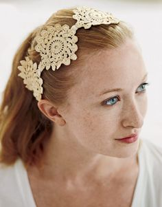 Fashion this hair accessory by snipping medallions from a lace runner and machine-stitching them along a length of velvet ribbon or a piece of elastic.