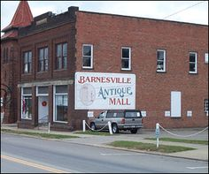 Barnesville Antique Mall - Home Barnesville Ohio, Street Names, Flea Markets, My Town, Usa Travel, West Virginia, Small Towns, Road Trips, Heaven