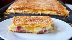 Ζαμπονοτυρόπιτα με κρέμα!!! Cheese Puffs, Ham And Cheese, Cookbook Recipes, Cooking Recipes, Greek Cooking, Greek Recipes, Tart, Sandwiches, Pie