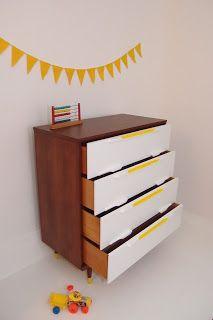 Mid century wood and white dresser  http://uneideedanslacaboche.blogspot.ca/