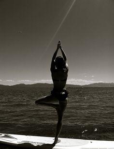 SUP yoga / Lake Tahoe