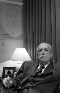 José García Nieto y el misterio de la poesía en seis inéditos | Actualidad | EL PAÍS http://cultura.elpais.com/cultura/2014/07/08/actualidad/1404832424_160206.html