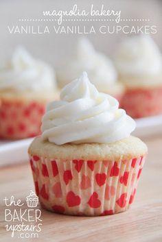 magnolia bakery vanilla vanilla cupcakes // the baker upstairs http://www.thebakerupstairs.com