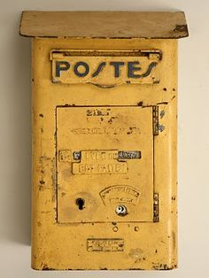 Ooooooooo - must find one of these! Vintage French Mailbox - great to put mail… Antique Mailbox, Old Mailbox, Vintage Mailbox, French Vintage, Retro Vintage, Vintage Items, Vintage Yellow, Mail Art, French Antiques