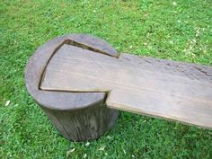 "(wood carving festival at Saterglantan Sweden ""Taljfest"" - Robin Woodから) Rustic Furniture, Garden Furniture, Furniture Cleaning, Cabin Furniture, Western Furniture, Furniture Projects, Wood Projects, Furniture Design, Furniture Online"