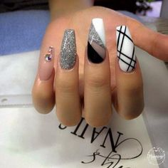 Pin by antoinette belt on nail uñas de gel, uñas con cinta, Glam Nails, Hot Nails, Fancy Nails, Beauty Nails, Hair And Nails, Zebra Nails, Tribal Nails, Fabulous Nails, Gorgeous Nails