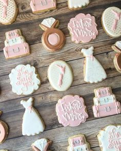 Date Cookies, Valentine Cookies, Sugar Cookies, Bachelorette Party Cookies, Bachelorette Ideas, Bride To Be Decorations, Wedding Dress Cookies, Christmas Bridal Showers, Engagement Cookies