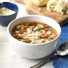 This vegetarian minestrone soup was created to accommodate special Christmas dinner guests who don't eat meat. It was so good we all enjoyed it. This can also be cooked on the stove for two hours on low simmer. Butter Bean Soup, Butter Beans, Vegetarian Minestrone Soup, Veggie Soup, Bean Recipes, Brunch Recipes, Soup Recipes, Recipies, Dinner Recipes