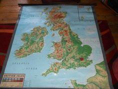 £140 - Vintage School Wall Map  BRITISH ISLES 3D