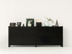Black Lundia Classic with doors and drawers.