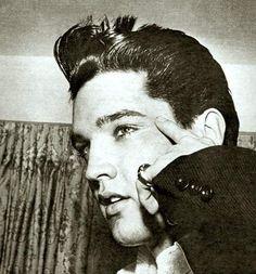 Elvis in Miami , march 22  1960.
