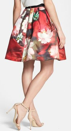 Gorgeous full floral skirt http://rstyle.me/n/e6728nyg6