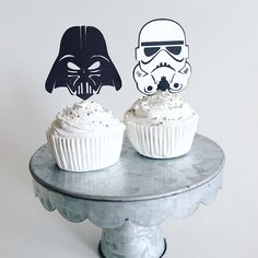 Star wars cupcakes, star wars cupcake toppers, star wars party ideas, star wars decorations, darth vader party