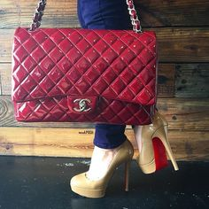 Red hot for the weekend 🔥 Shop all handbags, shoes & accessories on www.mymoshposh.com!
