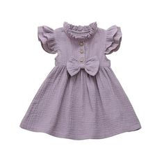 Adorable linen dress with ruffle accents on the sleeves and neck. Made of cotton. Summer Skirts, Summer Tops, Summer Dresses, Spring Summer, Toddler Girl Romper, Toddler Girl Outfits, Baby Accessoires, Girls Season, Baby Girl Newborn