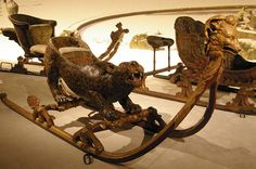 French Court: A magical leopard sled, carved in about 1730 Horse Wagon, Christmas Sled, Sleigh Rides, Dashing Through The Snow, Sedans, Horse Drawn, Doll Furniture, Saddles, Marie Antoinette
