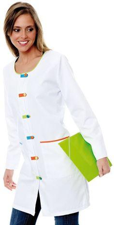 Scrubs Outfit, Scrubs Uniform, Blouse Nylon, Cute Nurse, Batik Fashion, Medical Uniforms, Apron Designs, Medical Design, Medical Scrubs