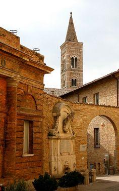 Italy. Urbino,streetscape