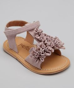 2016 17 Take a look at this Pink Leather Summer Bloom Sandal by Pazitos on today! Baby Girl Sandals, Toddler Sandals, Kids Sandals, Toddler Girl Style, Toddler Fashion, Cute Girl Outfits, Cute Outfits For Kids, Cute Baby Girl, Cute Little Girls