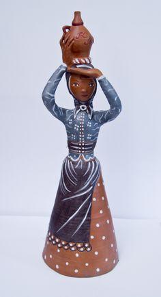 Ceramic Figures, Hetalia, Hungary, Macrame, Disney Characters, Fictional Characters, Snow White, Weaving, Diy Projects