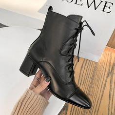 Trendy Shoes, Cute Shoes, Me Too Shoes, Casual Shoes, Heeled Boots, Shoe Boots, Ankle Boots, Clogs Shoes, Block Heel Boots
