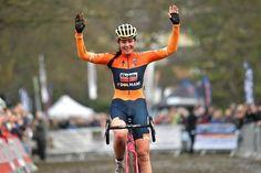 Nikki Brammeier returns to cyclo-cross in 2018 All-rounder leaves Boels Dolmans for fresh challenge Nikki Brammeierhas confirmed that she will leaveBoels Dolmansat the end of this year and retur…