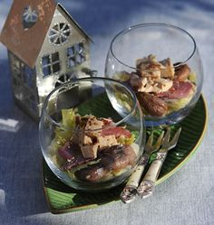 Photo de la recette : Verrines de chou vert et marron, au foie gras et magret séché