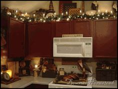 country sampler kitchens | ... all decked out for Christmas in the Country Sampler November 07 issue