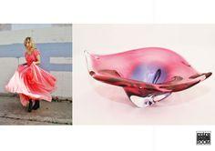 Ondas que juegan a ser flor, flores que juegan hacer cristal ... así es la inspiración ... divina y efímera. Bol cristal soplado disponible en nuestra tienda de Barcelona . www.retrospectroom.co.uk