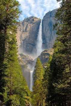 Already been here but it never gets old Absolutely gorgeous Yosemite Falls Yosemite Valley California