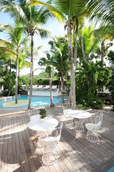 Villa La Banane in Saint Barthélemy Outdoor Rooms, Outdoor Gardens, Outdoor Living, Outdoor Decor, Outdoor Wicker Furniture, St Barts, Backyard, Patio, Resort Style