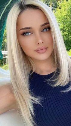 Beautiful Blonde Girl, Beautiful Girl Image, Gorgeous Women, Most Beautiful Faces, Stunning Eyes, Blonde Beauty, Pretty Eyes, Hot Blondes, Woman Face