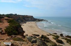 Un lugar para perderse Calas de Roche, Cádiz, España.  #viajes #turismo #Andalucia #playas #calas #calasderoche #vacaciones #verano. Recorre España con http://www.reservasdecoches.com