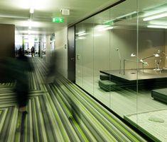 microsoft-vienna-office-corridor