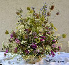 Des fleurs des champs pour garnir la soupière: c'est festif! - Bouquet créer par Catherine Cazan
