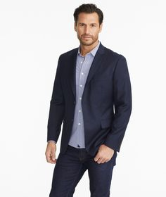 The Upside to Ideas Fitness Fashion Menswear The Hidden Facts on Ideas Fitness Fashion Menswear Ensure you to try your suit and continue around a bit to make sure the fit is ideal. Men's Suits, Business Casual Men, Men Casual, Golf Fashion, Mens Fashion, Fashion Menswear, Version Francaise, Sharp Dressed Man, Blazer