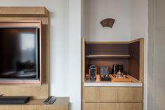 Nespresso Machine Andaz Suite King - Andaz Singapore Luxury Interior, Room Interior, Interior Design, Hotel Minibar, Floor Plan Creator, Coffee Bar Home, Hotel Room Design, Hotel Reviews, Guest Room