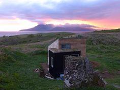 Sweeney's Bothy, Eigg Bothy, Mountains, Architecture, Nature, Travel, Arquitetura, Naturaleza, Viajes, Destinations