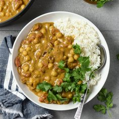 Easy Vegan Chickpea Curry Vegan Dinner Recipes, Delicious Vegan Recipes, Vegan Dinners, Vegetarian Recipes, Healthy Recipes, Simple Recipes, Chickpea Recipes, Vegan Soups, Vegetarian Cooking