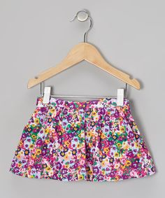 Keep precious peonies rooted in a petal-rich vase, with this adorable skort. The elastic waistband, inner leg openings and darling print make for one gracious combo of style and comfort.