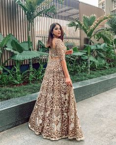 Best Trendy Outfits Part 22 Wedding Dresses For Girls, Indian Wedding Outfits, Indian Outfits, Indian Clothes, Indian Weddings, Indian Photoshoot, Saree Photoshoot, Outfit Photoshoot, Dress Indian Style