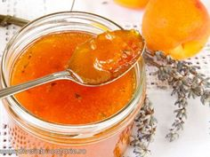 Sweet apricot and peach and lavender Summer Recipes, New Recipes, Cooking Recipes, Romanian Food, Romanian Recipes, Mousse, Jam And Jelly, Preserving Food, Preserves
