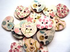 10 x Wooden Shabby Chic Heart Two Hole Buttons 25mm x 22mm (R5D4) - Only 99p