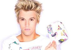 Aaron Carter has lined up a London performance at Soho's Borderline for early 2015. Coming to fame as a teenage pop heartthrob during the l...