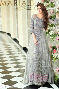 Beautiful Maria B bridal dresses mehndi designs collection online Mehandi Designs Pakistani Couture, Pakistani Bridal Wear, Pakistani Wedding Dresses, Pakistani Outfits, Bridal Lehenga, Indian Dresses, Indian Outfits, Bridal Dresses, Pakistani Clothing